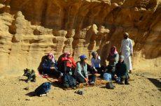 Sa Sultanom na njegovom posebnom mjestu u pustinji (foto: Joso Gracin Joka/Nina Živković)