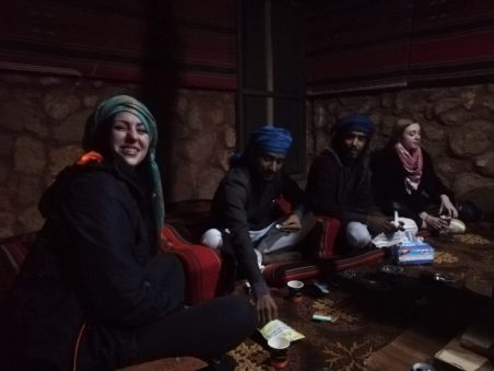 Večernje druženje u beduinskome kampu(foto: Joso Gracin Joka/Nina Živković)