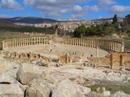Pogled na forum od Zeusovog hrama- Gerasa (foto J. Gracin)