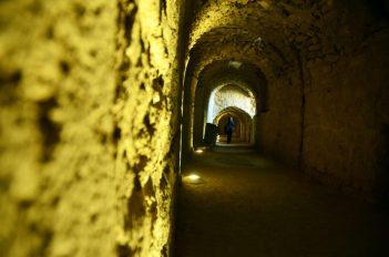 U jednom od tunela - utvrda Karak (foto J. Gracin)