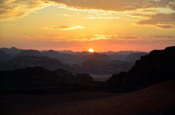 Čudesni zalasci sunca u pustinji (foto Joso Gracin)