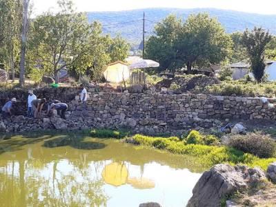 Gaćelezi: Vrijedni ljudi obnovili urušeni suhozid i uredili lokvu koja je značila – život