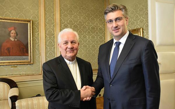 F. Komarica i A. Plenković (foto: andrejplenklovic.hr)