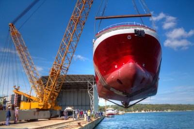 Ilustracije: Iskra brodogradilište