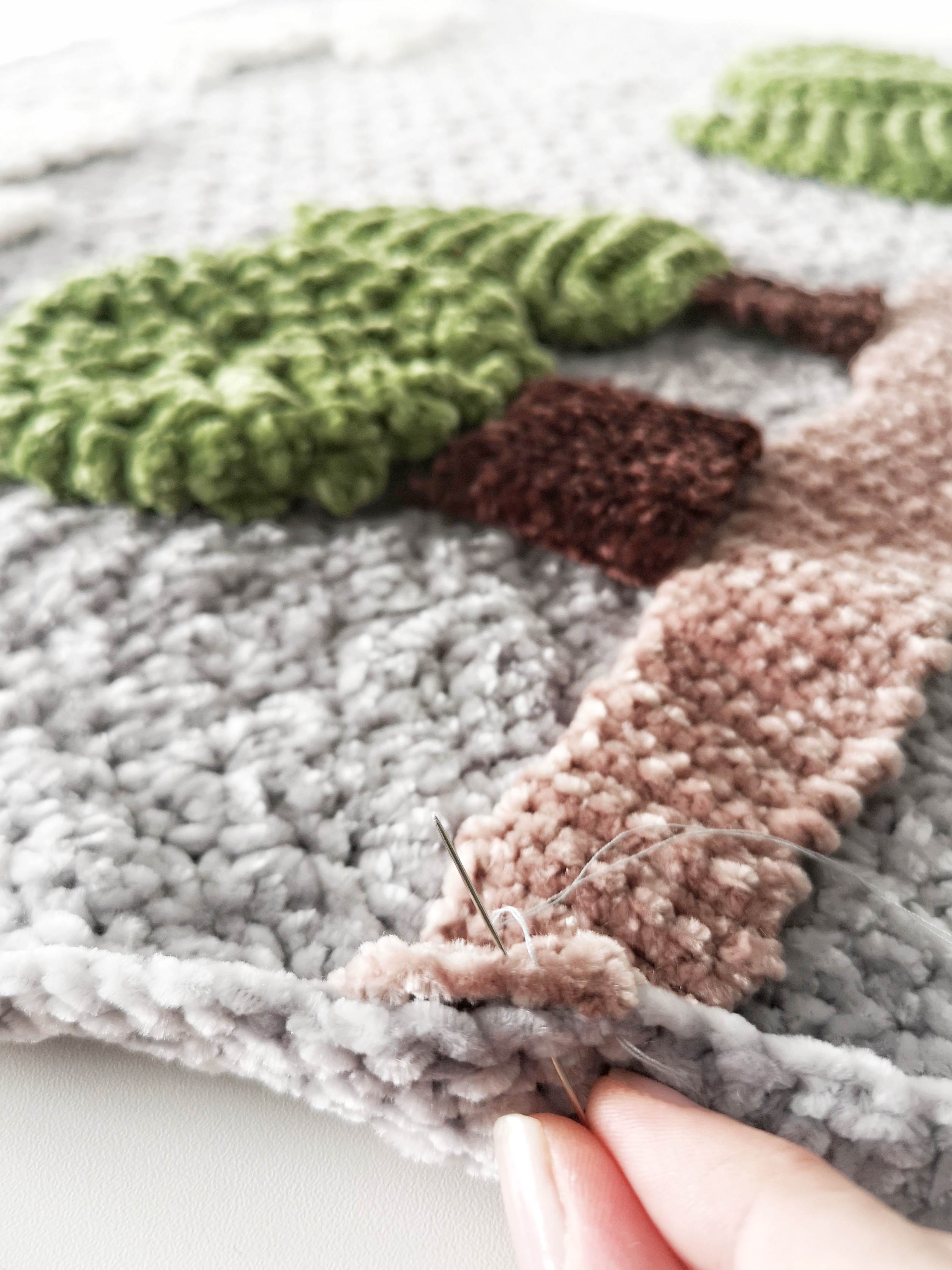 sew_elements_to_blanket_3