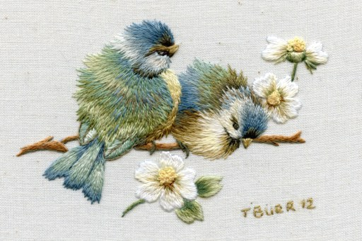 Vintage Bluebirds & daisies