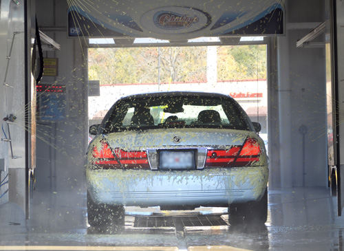 IQ Touch Free In Bay Automatic distributed by Tri State Car Wash Solutions