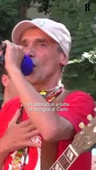 A vent'anni dal G8 genovese del 2001, in piazza Alimonda, è tornata a risuonare la canzone…