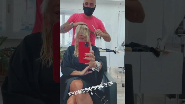 Matilde Brandi da parrucchiere cambia totalmente look #Shorts