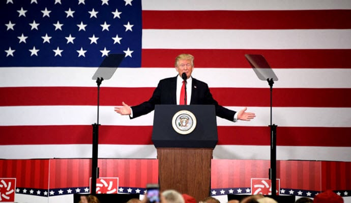 https://i0.wp.com/trithucvn.net/wp-content/uploads/2017/09/Trump-cai-cach-thue.jpg