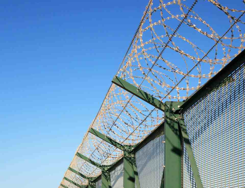 maintenace tips to make your security fencing last longer