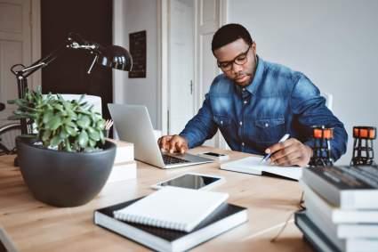 10 raisons pour lesquelles il n'est jamais trop tard pour créer une petite entreprise