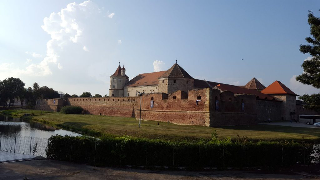 Cetatea Fagaras - Trivo.ro
