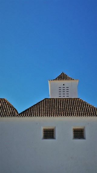 Faro old town cathedral square buildings
