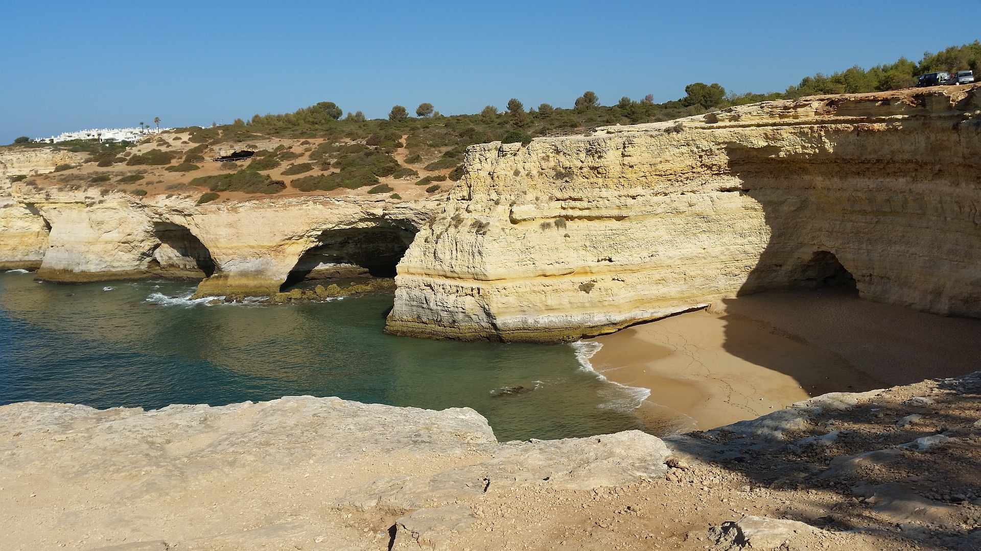 Lagao - Algarve - the caves in the ocean - Praia da Corredoura