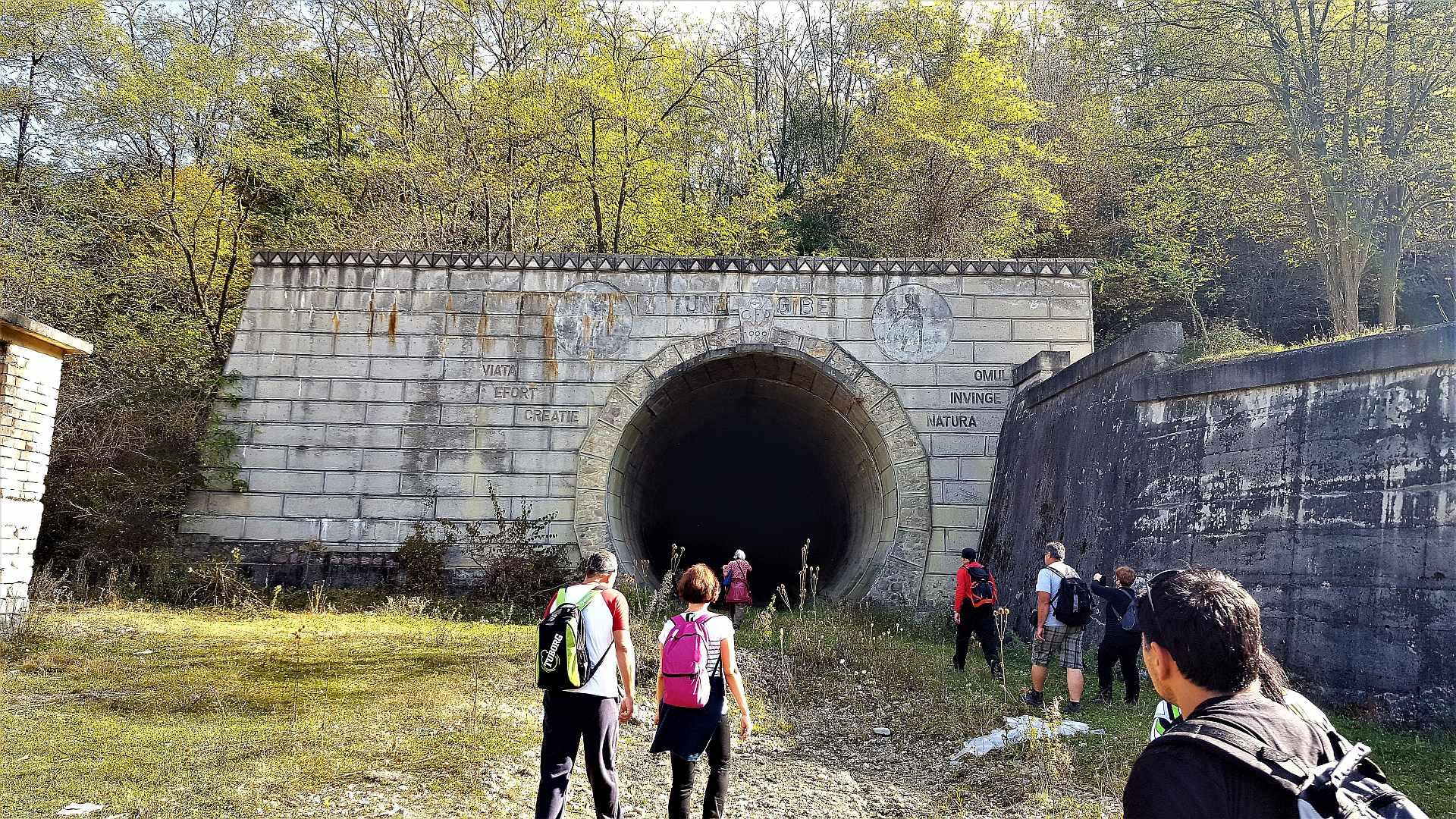 """Tunelul Gibei - """"Omul invinge natura"""""""
