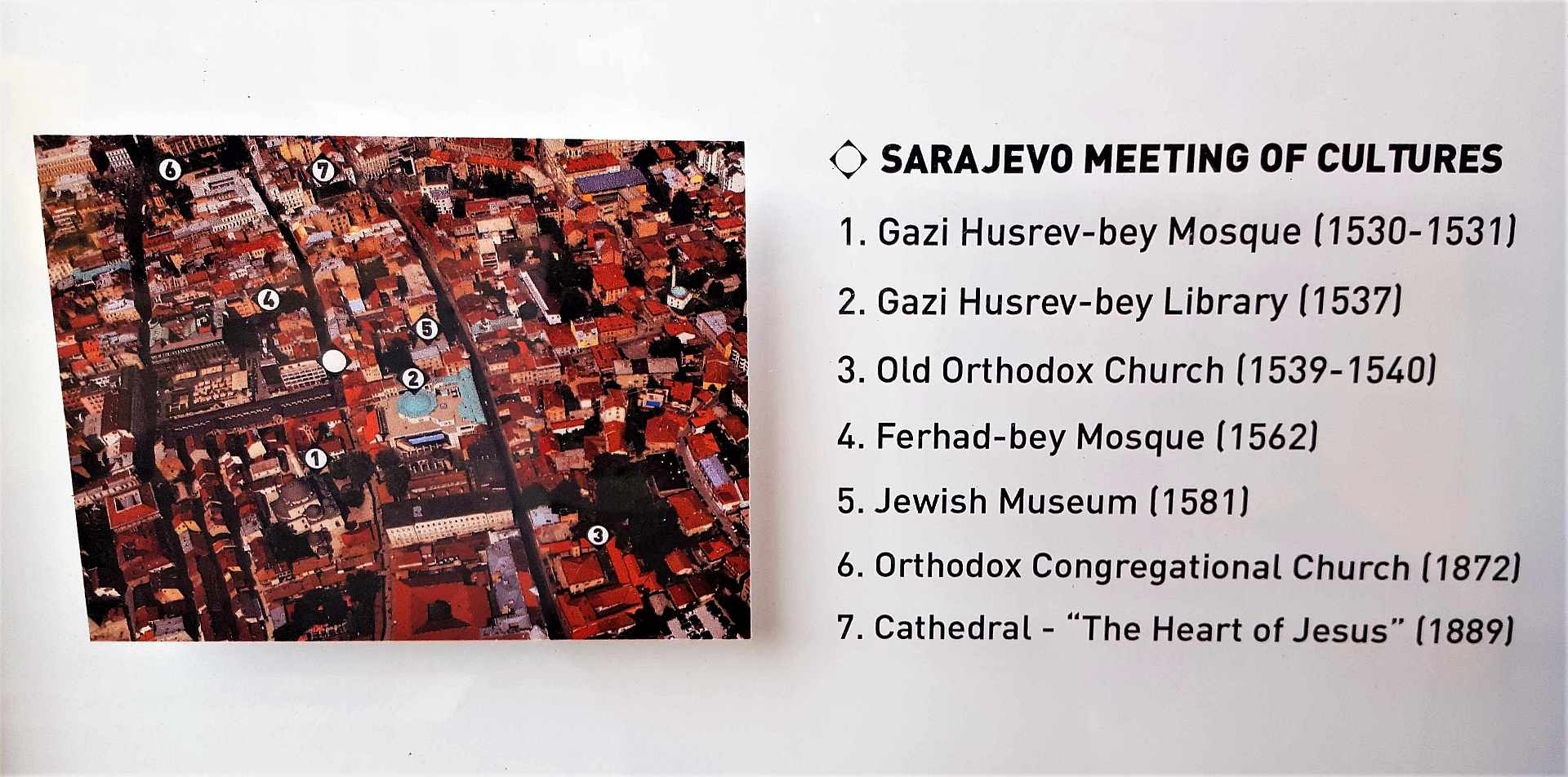 Top atractii Sarajevo - meeting of cultures trivo.ro