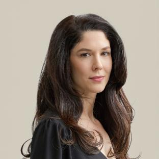 Angela Altus