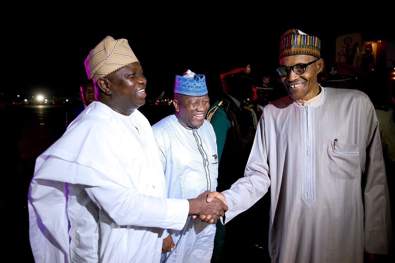 Lagos APC `Crisis': Buhari In A Closed Door Meeting With Ambode