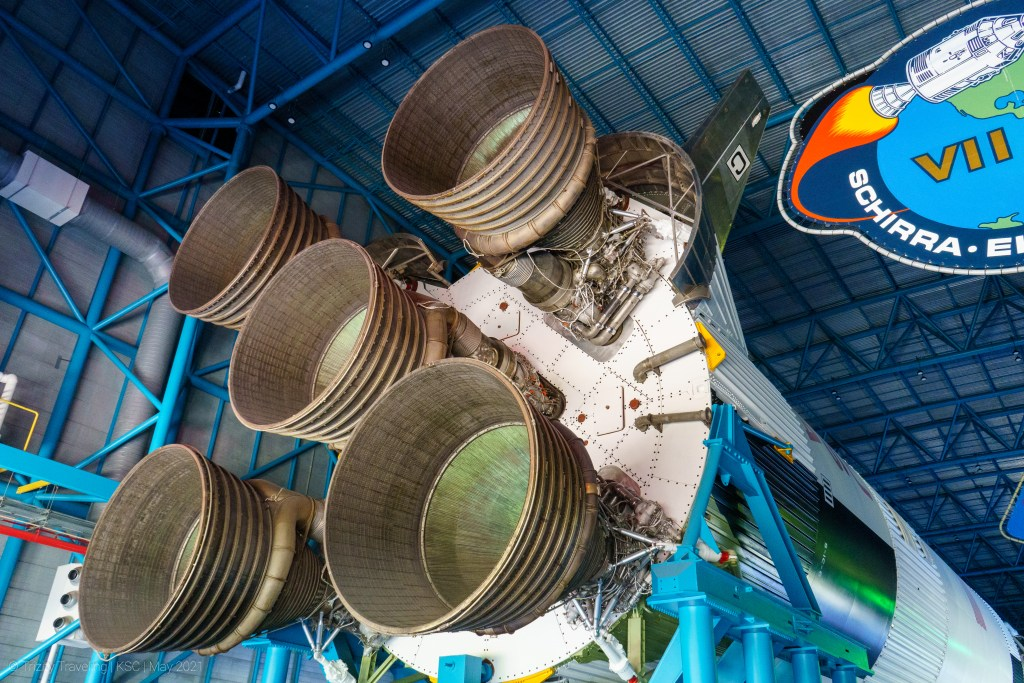 Five F1 Engines on the Saturn V