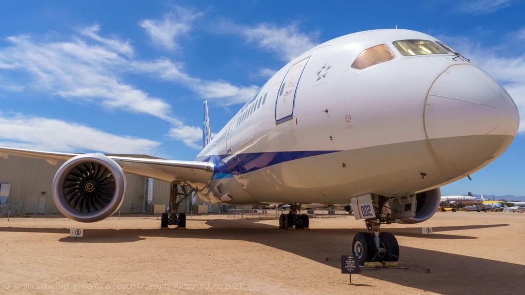 Boeing 787-8 Prototype nose