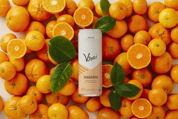 Vrai Tangerine, the latest specialty craft vodka drink offering from Vrai Drinks, is now available in Ardagh Sleek beverage cans. (PRNewsfoto/Ardagh Group)