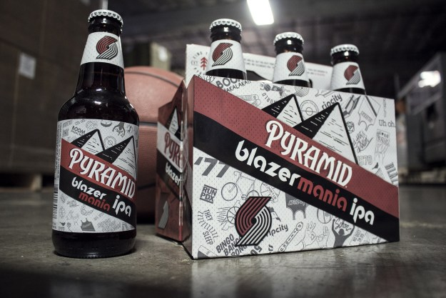 Pyramid announced the release of Blazermania IPA, the brewery's newest beer that delivers a fan worthy IPA for the NBA's most loyal fans in Oregon and the Pacific Northwest. (PRNewsfoto/Pyramid Brewing Co.)