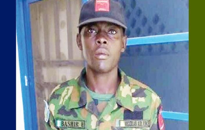 Air force man returns €37,000 found in Kano market