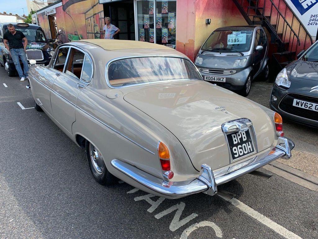 Jaguar 420G 4.2 1970 - TROJAN CLASSICS
