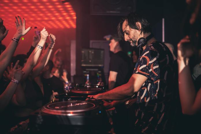 Villalobos in the new DJ booth