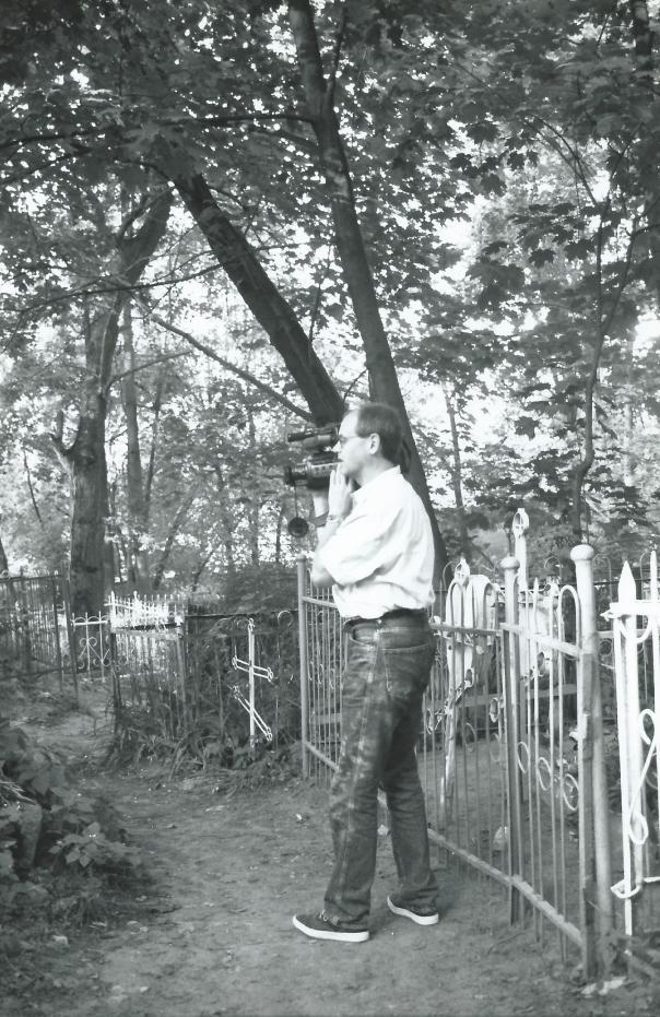 rob film op kerkhof