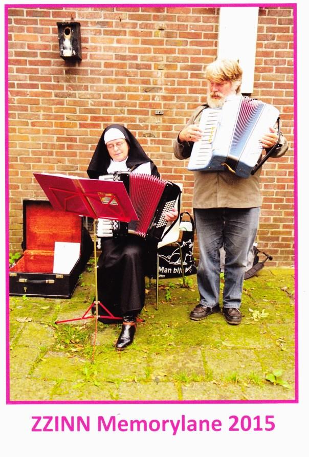 Zuster Margaretha en Theo Hendrikse spelen voor het goede doel.