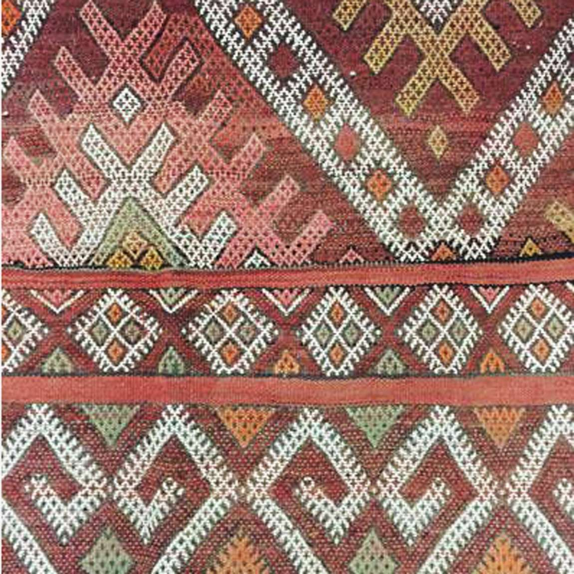 Teppich Vintage Berlin Vintage Kelim Rug Mednin Handmade With Colourful Geometric Patterns