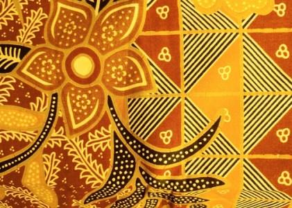 Baju Adat Suku Toraja