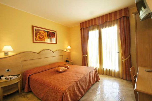 Hotel Blu Tropical Hotel a Zambrone in Calabria