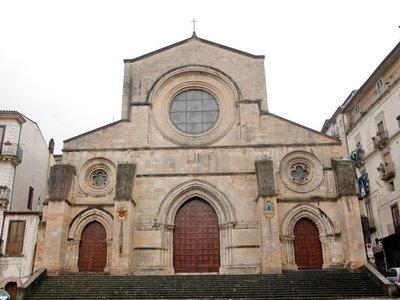 Cosenza Duomo.jpg