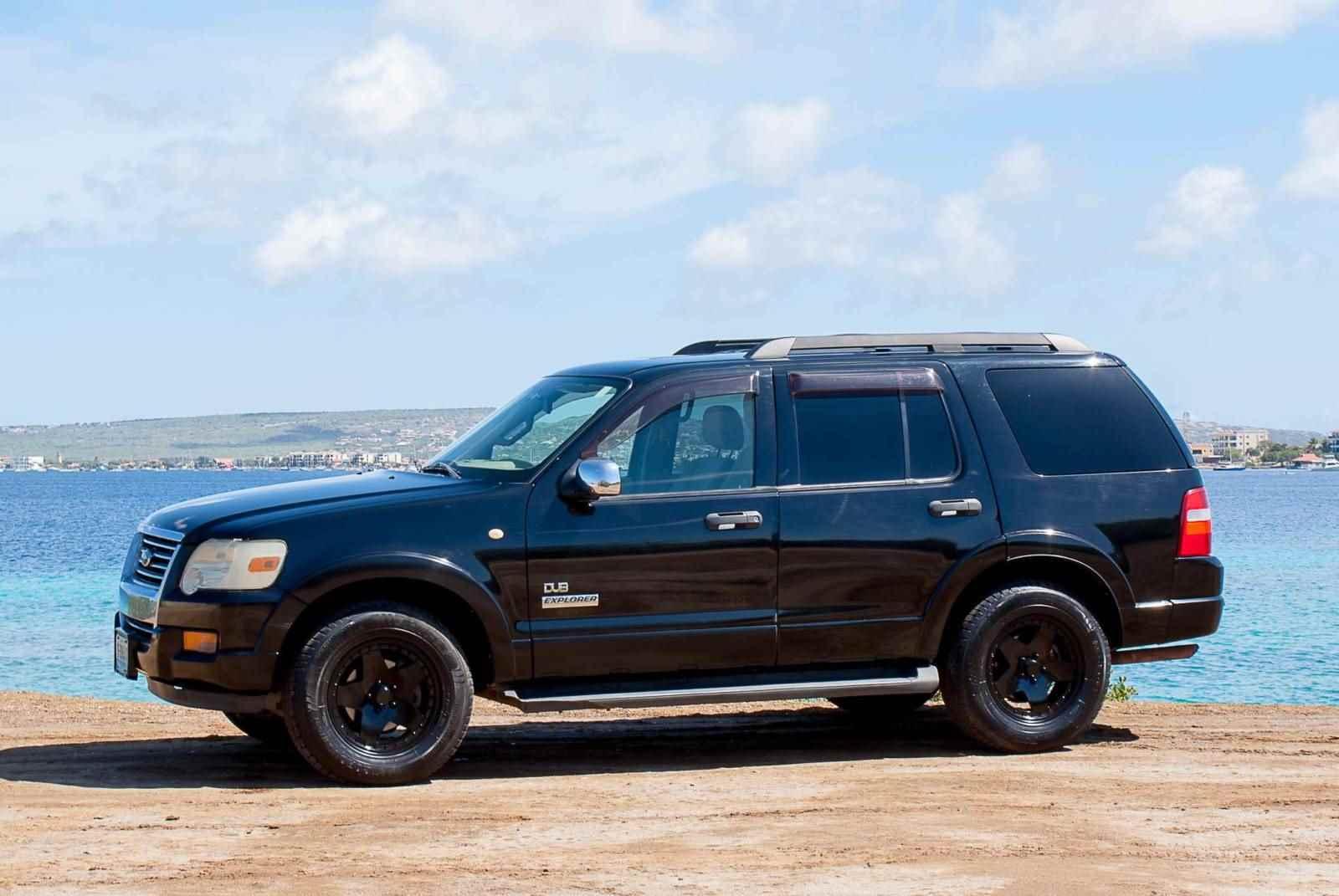Ford Explorer V6