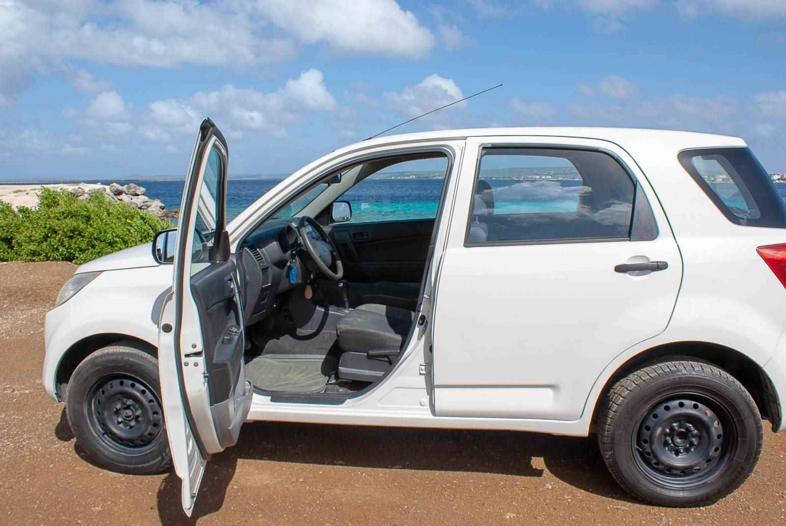 Tropical car rental Bonaire - Daihatsu Terios 2 auto huren