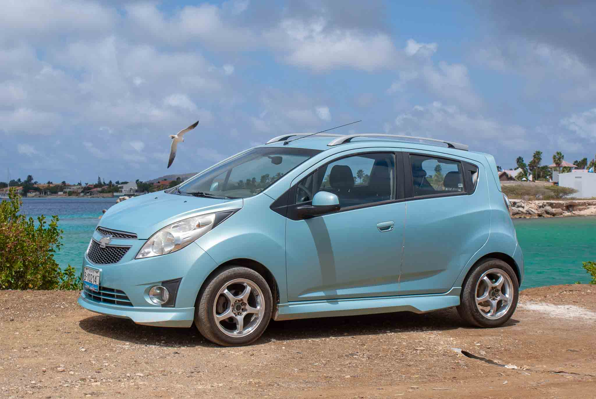 Tropical Car rental Bonaire - Chevrolet Spark blue auto huren
