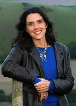 The Complete & Utter History of Doctor Who,with Bettany Hughes!! (1/4)