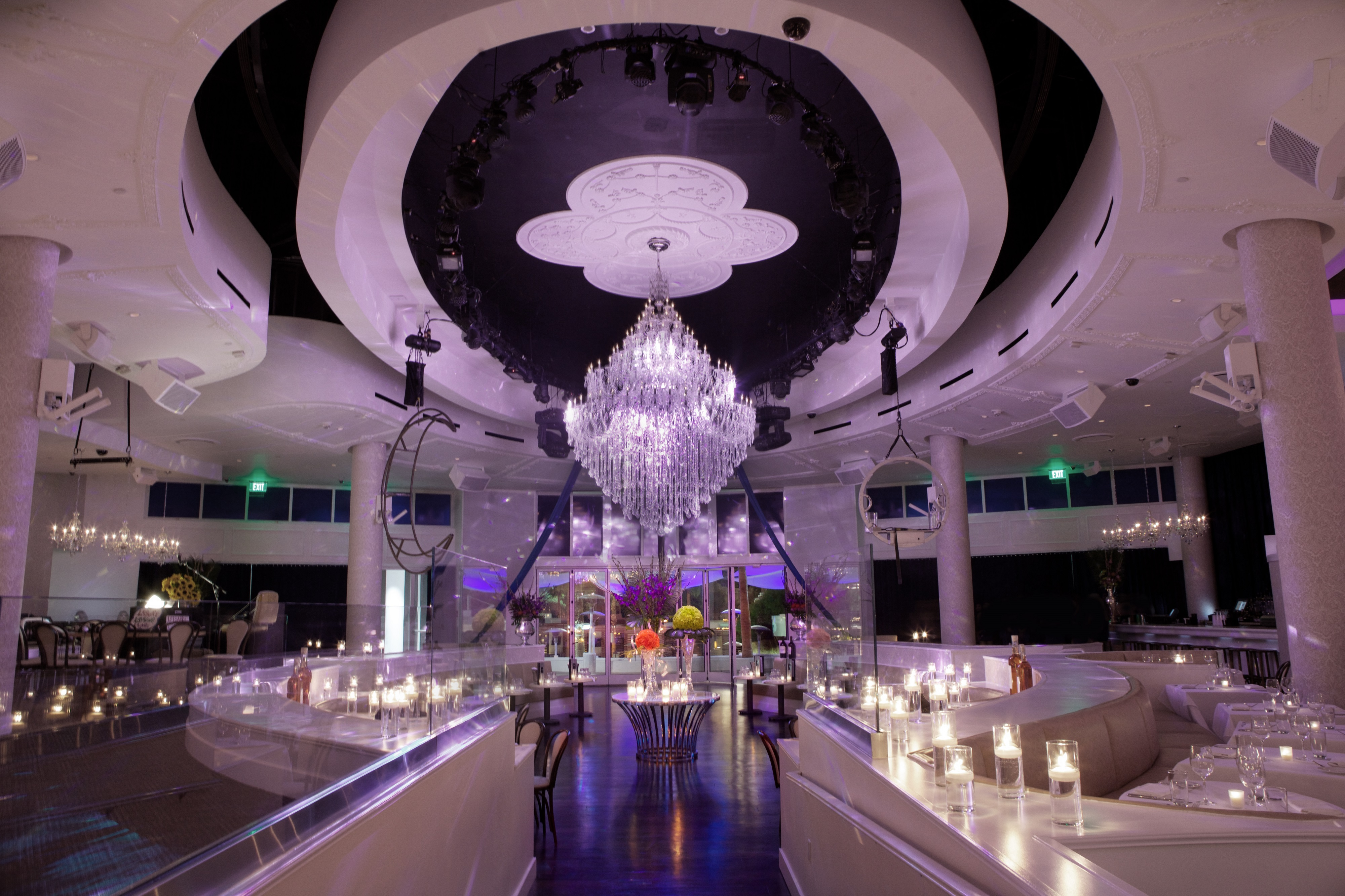 Tropicana LV Weddings Its Official Wedding Season has KickedOff in Vegas  Tropicana LV Weddings
