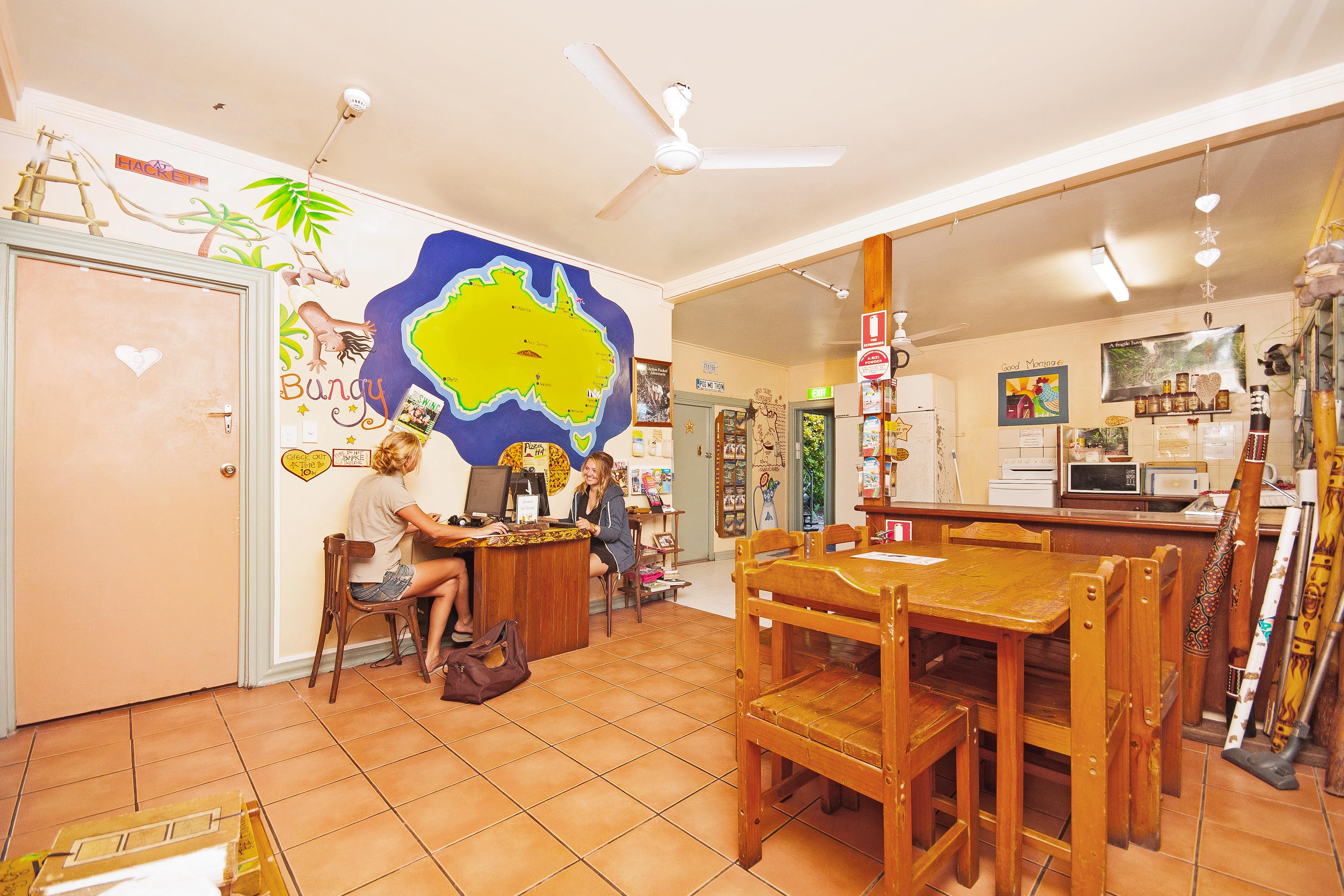 cairns hostel common area