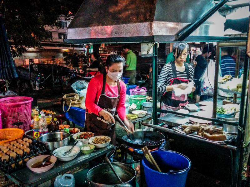 chiang mai thailande street food