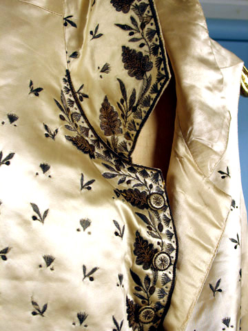 waistcoatsilk embroideredc. 1790 Augusta-auction
