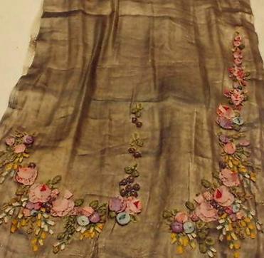 Dress detail lrg
