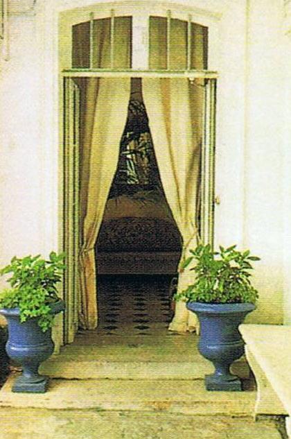 Paris Interiors Isabelle Adjani 4
