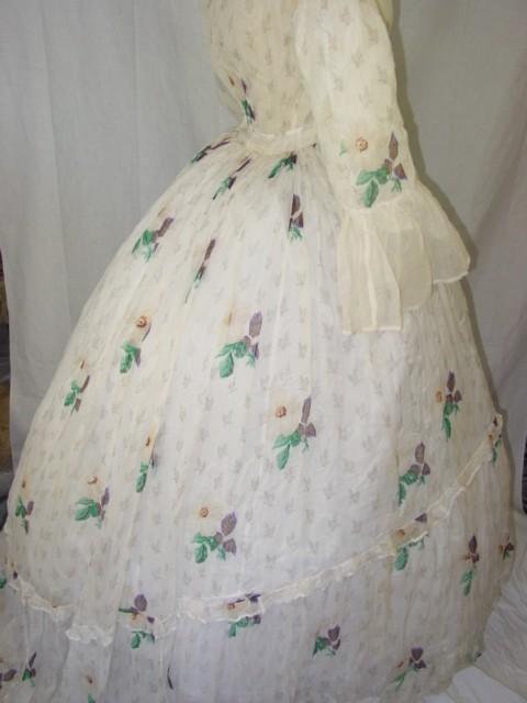 Rare circa 1850s preCivil War Victorian overdress.