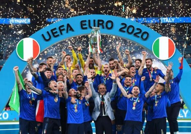 Gli inevitabili meme della finale degli Europei di calcio (News, Pensare)