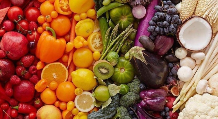 Difference between fruits and vegetables- is tomato a fruit or a vegetable
