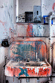 Paint Sink Photo